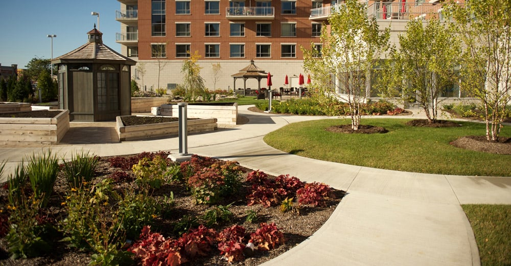 The outdoor space at Stirling Park Retirement Community